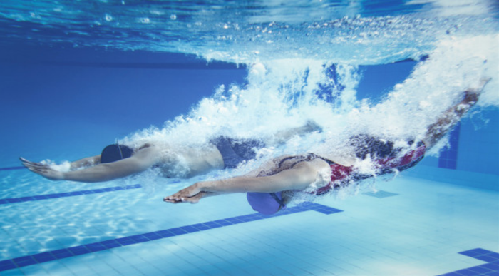有酸素運動であり無酸素運動でもある水泳