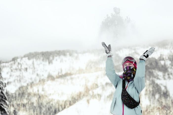 柔らかい雪の日に滑る