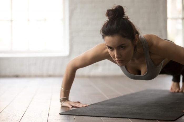 筋トレで身体を鍛える